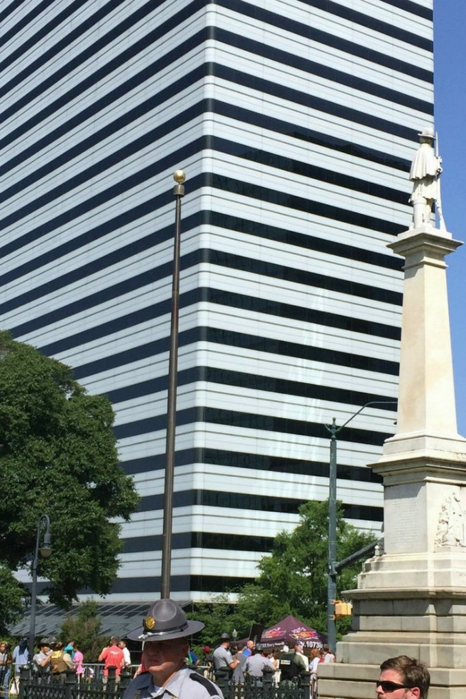 Confederate flag gone from SC Statehouse