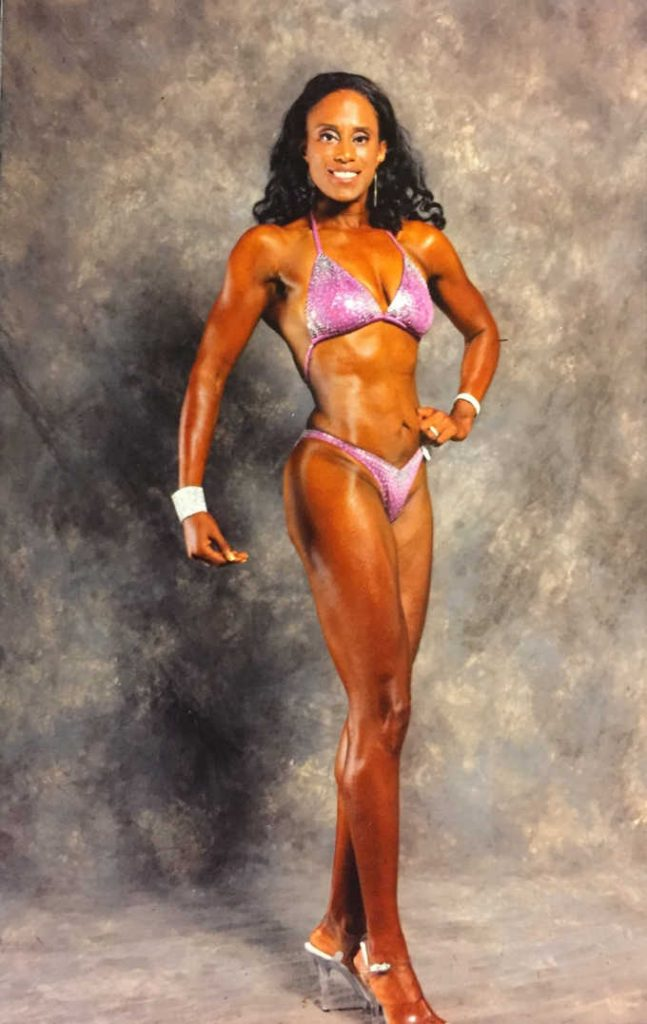 woman figure bodybuilding pose